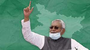 Nitish Struggling to Catch the Caste Straw to Remain Afloat